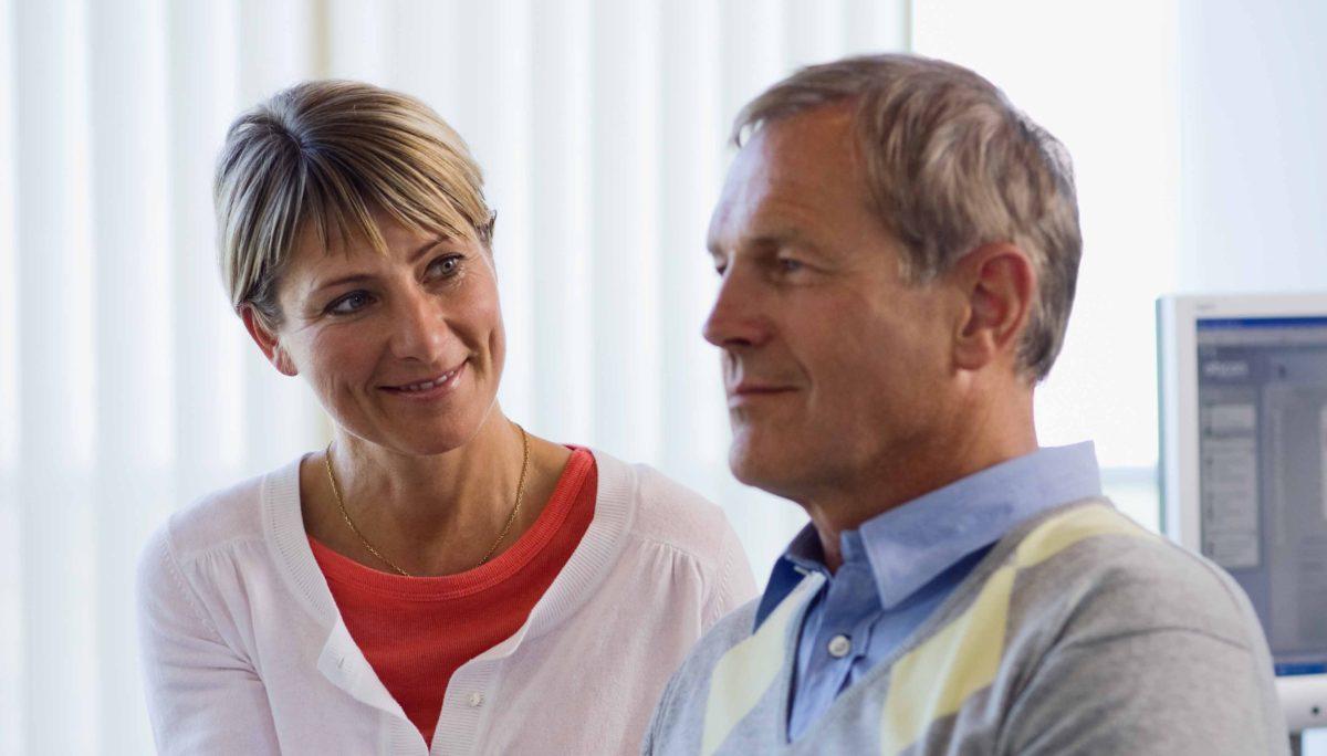 ¿Cuáles son las causas de la sordera?
